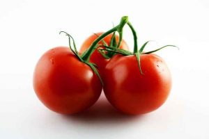 effective Tomato For Skin Tightening